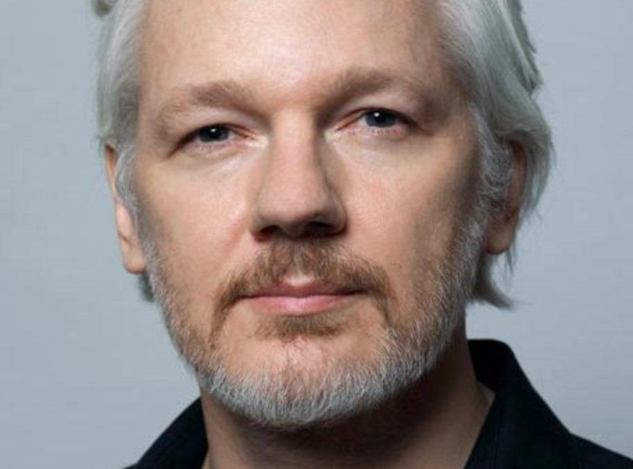 Le procès de Julian Assange est infiniment plus grand qu'Assange lui-même (Caitlin Johnstone, sur Le Grand Soir)